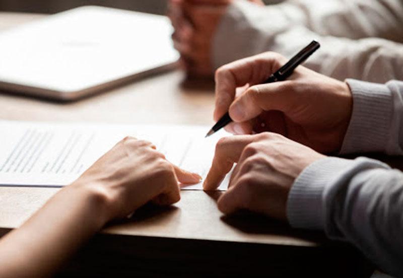 contratar a un abogado de familia